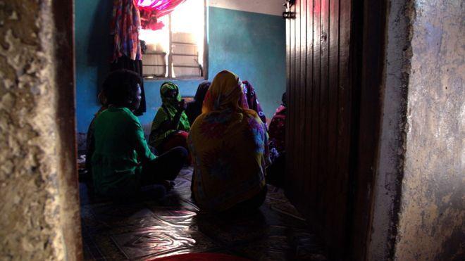 Секс рабыня забеременела в эмиратах