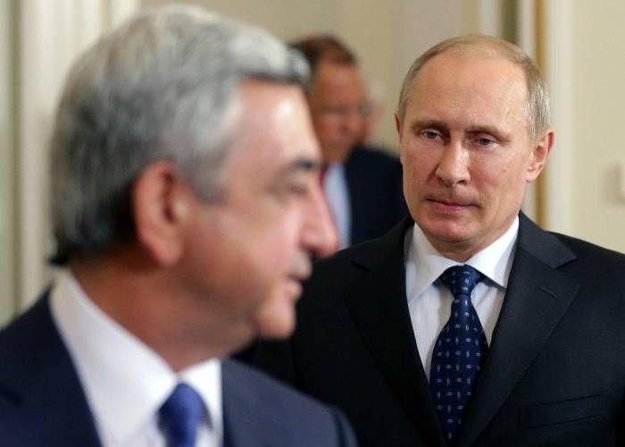 """Kremlin'in son kulesi Ermenistan'da yıkıldı - """"Cumhuriyetçiler"""" sonunda muhalefete teslim oldu - ÖZEL"""