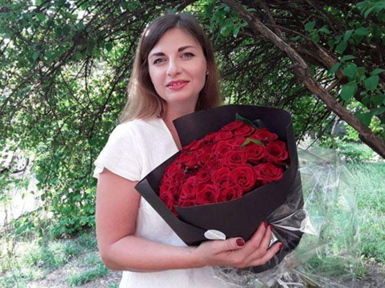 Azərbaycan mahnılarını Ukrayna dilində oxuyan müğənni