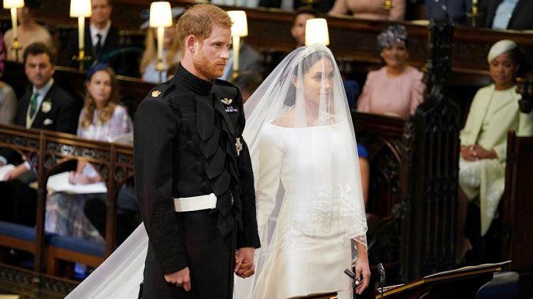 Проходит церемония венцания принца Гарри и Меган Маркл - ВИДЕО