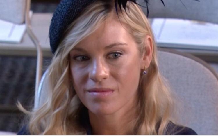 Бывшая девушка Гарри пришла на свадьбу - фото экс-герлфренд английского принца стало мемом в Сети - ФОТО