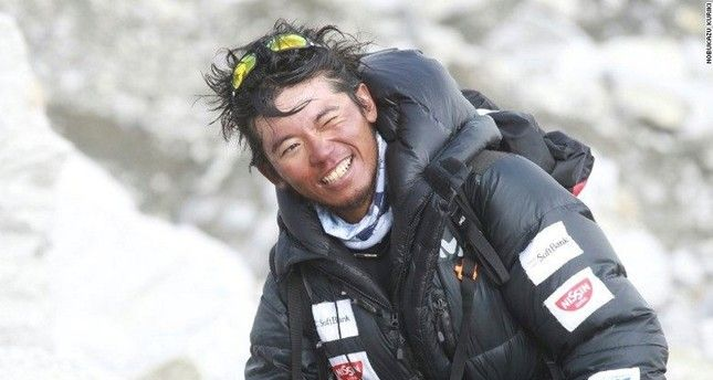 Japanese climber who lost 9 fingers to frostbite dies on 8th Everest attempt