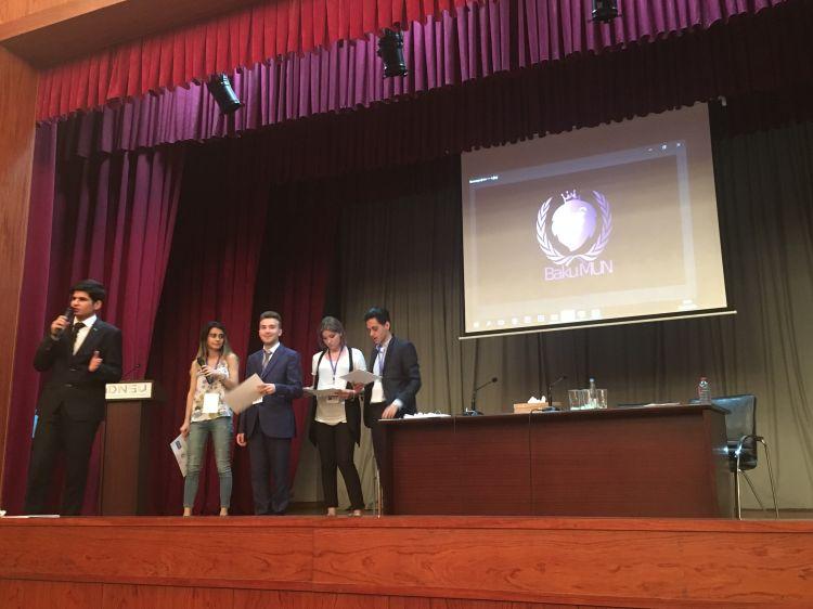 Модель ООН влияет не на политику, а на мировоззрение азербайджанской молодежи - организатор конференции Заур Шахвердиев - ФОТО
