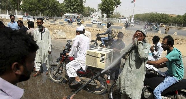 At least 65 killed in heatwave in Pakistan's Karachi