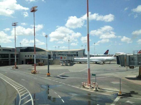 В израильском аэропорту объявили чрезвычайное положение
