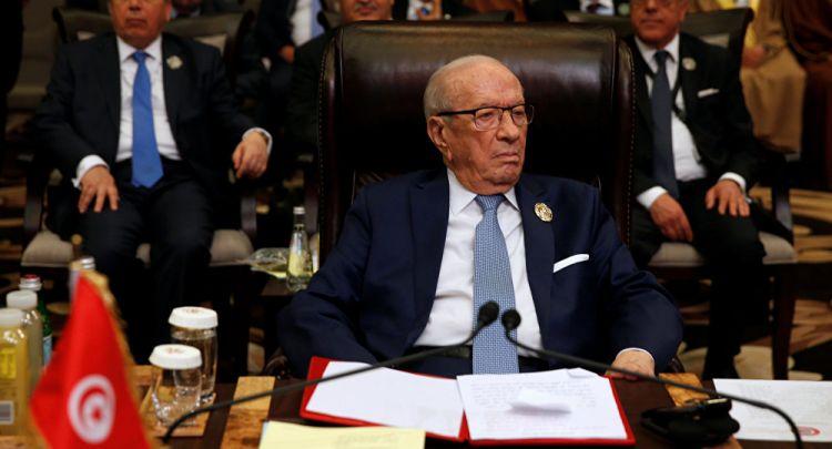 """محلل تونسي: السبسي يتراجع عن تعليق """"قرطاج 2"""" بعد عيد الفطر"""