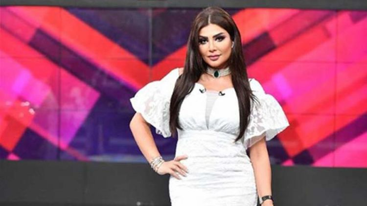 В Кувейте телеведущую уволили из-за платья