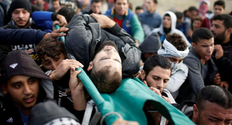 إصابة شابين فلسطينيين بجروح بعد هجوم شنته طائرة إسرائيلية جنوب غزة