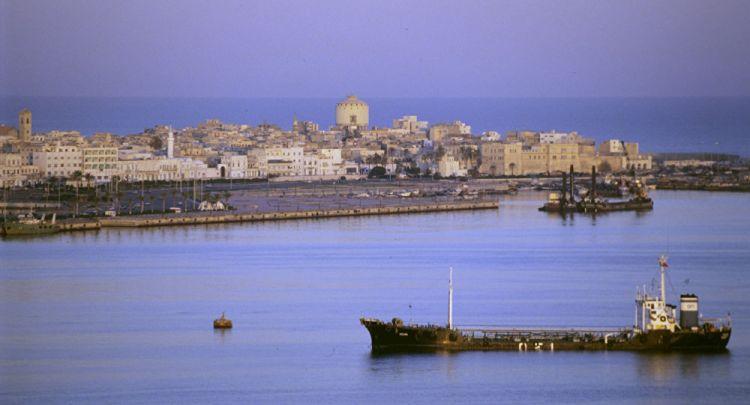 نائب ليبي: الهجمات على الموانئ الليبية مخطط لها من مخابرات دول أجنبية