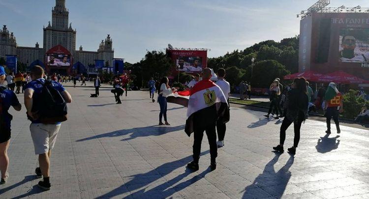 ردود فعل المصريين في موسكو عقب خسارة منتخبهم أمام نظيره الروسي - الفيديو