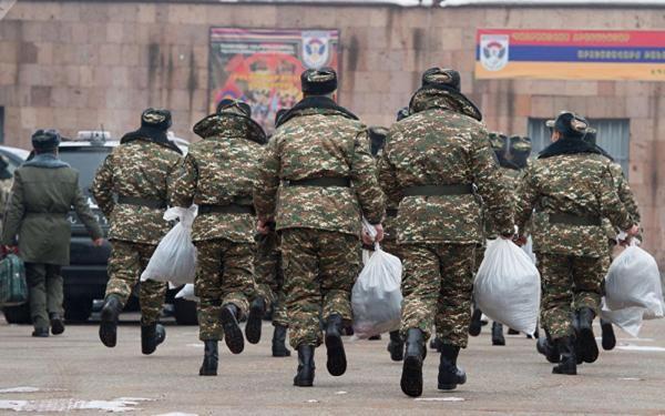 Ermənistan şokda - Komandir və 12 zabit həbs edildi