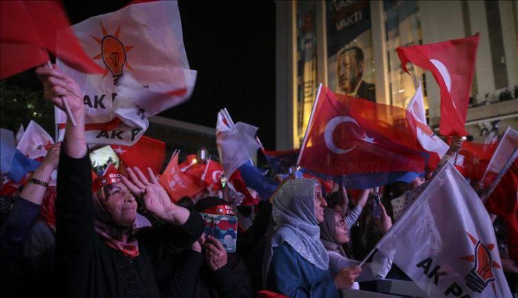 احتفالات جماهيرية في أنقرة بفوز أردوغان بالانتخابات