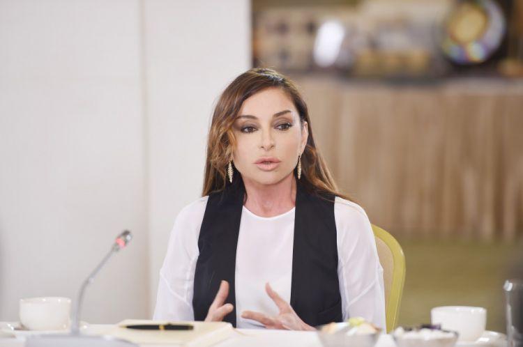 Mehriban Əliyevadan təhsillə bağlı - QƏRAR - VİDEO