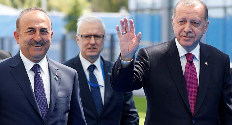 Çavuşoğlu: NATO zirvesinde gerçek bir lider gibi karşılandık