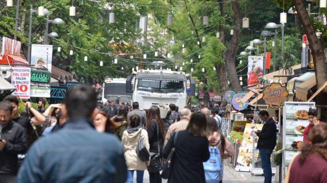 OHAL'siz ilk gün: OHAL'in kalkması Türkiye'de neyi değiştirecek?g