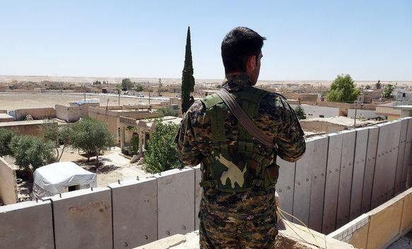 """اتفاق دمشق وفصائل المعارضة بجنوب سوريا.. """"اللواء 90"""" سيدخل والروس سينتشرون"""