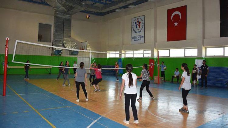 tr/news/sport/302331-sporculuga-ilk-adimi-yaz-spor-okullarinda-atiyorlar