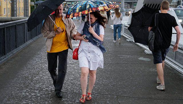 """В Москве и области продлили """"желтый"""" уровень погодной опасности"""