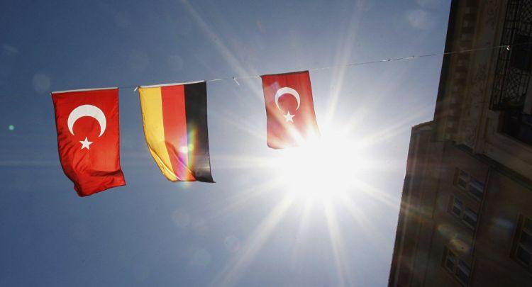 Almanya, Türkiye'ye yönelik seyahat uyarısını hafifletti