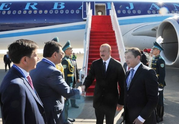 Ильхам Алиев уже в Актау
