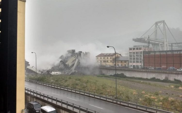 'Dozens of dead' in Italy after huge section of Genoa motorway bridge collapses