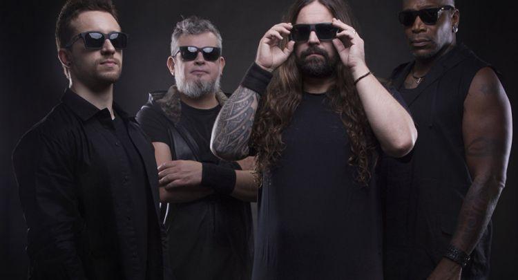 tr/news/culture/311573-heavy-metal-grubu-sepultura-massive-attackin-buyuk-hayranlariyiz