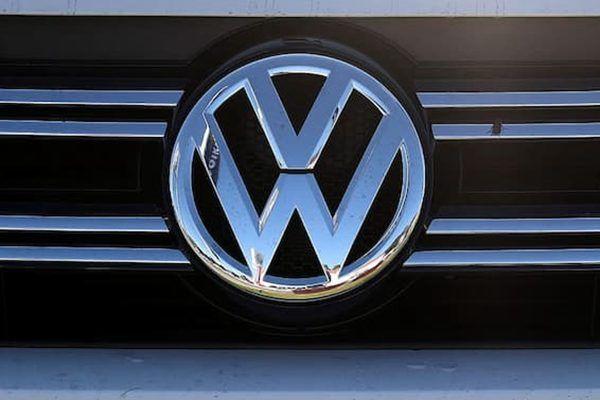 en/news/sience/311945-volkswagen-to-recall-700000-cars-over-roof-lighting
