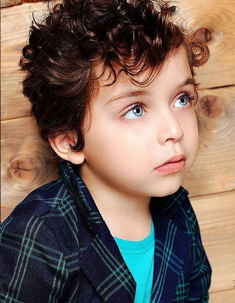 6-летний азербайджанский актер Имран Челеби хочет стать спасателем