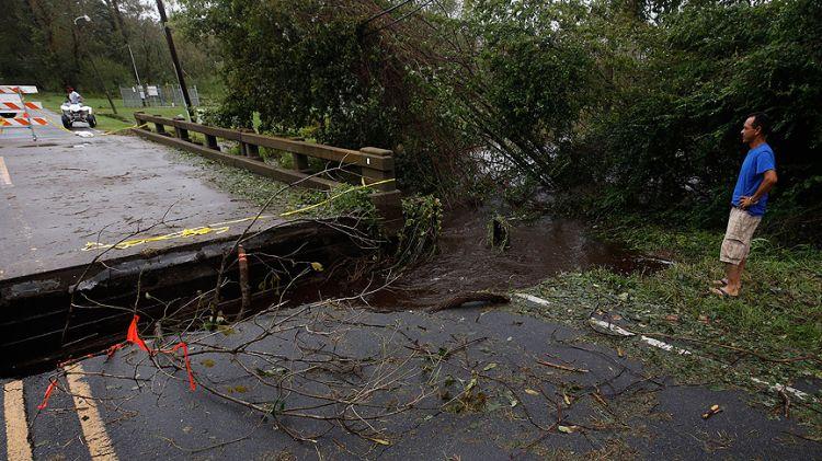 Florence Kasırgası: Kuzey Carolina'da 11, Güney Carolina'da 6 kişi öldü