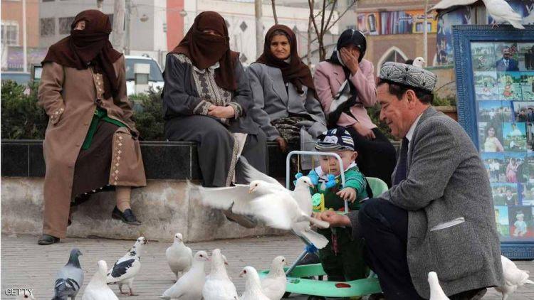 """واشنطن تتهم الصين بـ""""انتهاكات مروعة"""" بحق الأويغور"""