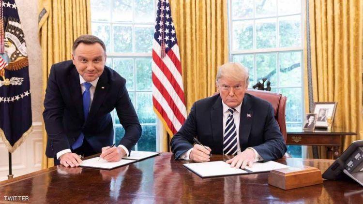 رئيس بولندا يفند اتهامه بإذلال نفسه أمام ترامبg