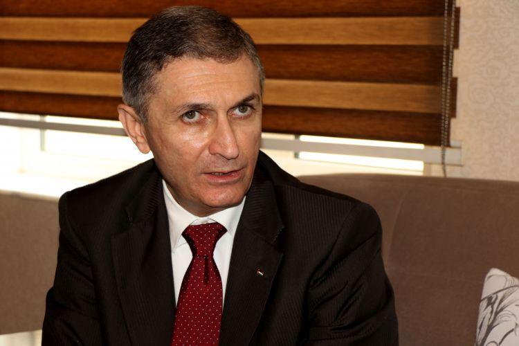السفير الفلسطيني: أذربيجان تبرعت بمبلغ مئتان الف دولار لدعم منظمة الاونروا - صور