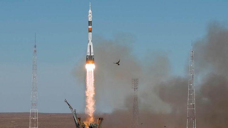 ru/news/sience/327145-vixod-ekipaja-mks-v-otkritiy-kosmos-sorvalsya-iz-za-avarii-soyuza
