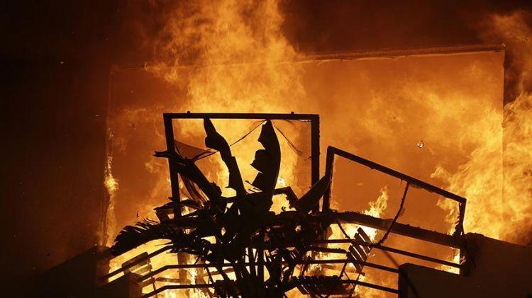 California tarihindeki en büyük orman yangınlarıyla boğuşuyor - Can kaybı 31'e yükseldi