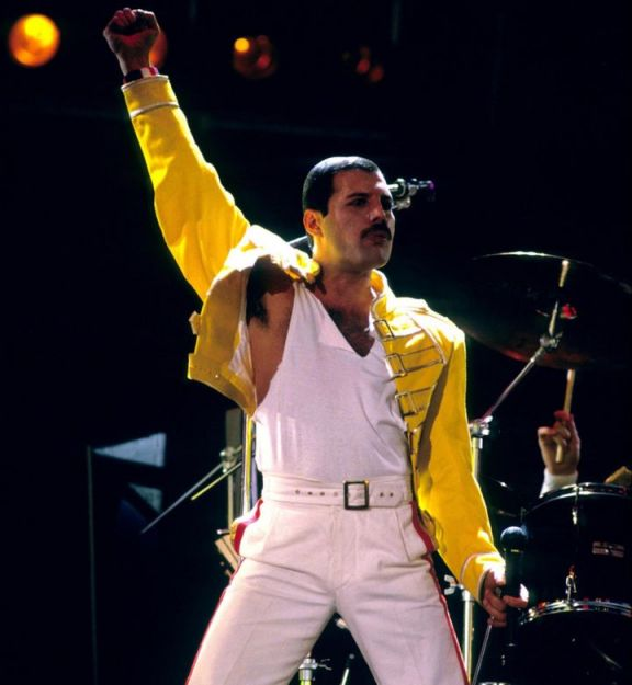 The Freddie Mercury You Didn't Know - Life, Love and Music