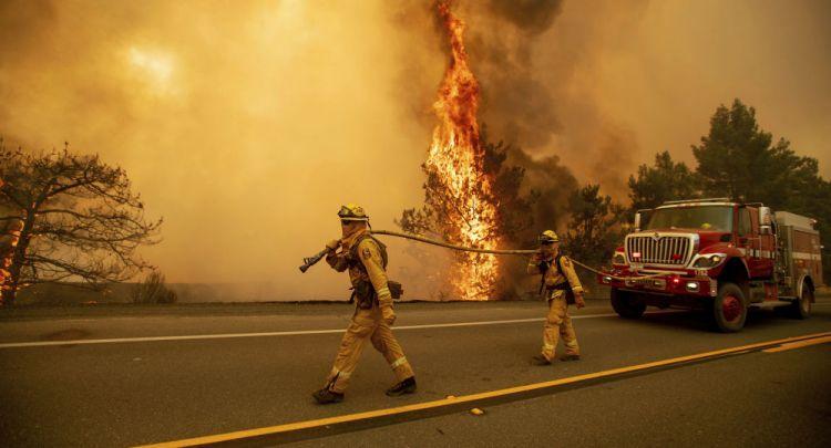 ارتفاع عدد ضحايا حرائق كاليفورنيا إلى 66 وأكثر من 600 شخص في عداد المفقودين