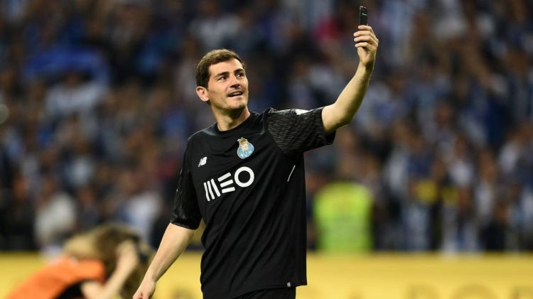 Iker Casillas hints at Spain, Real Madrid returns