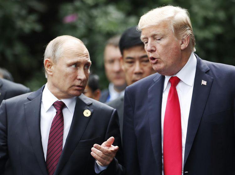 Trump, Paris'te vedalaşırken Putin'e ne dedi?