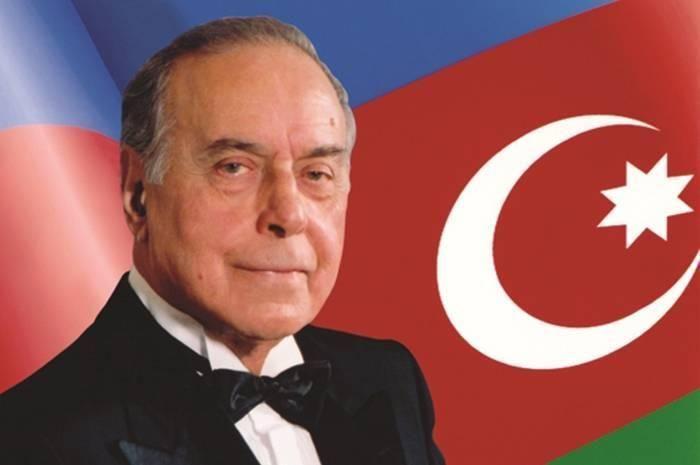 حيدر علييف . . . صفحة مضيئة في تاريخ أذربيجان الحديث - بقلم : أحمد عبده طرابيك