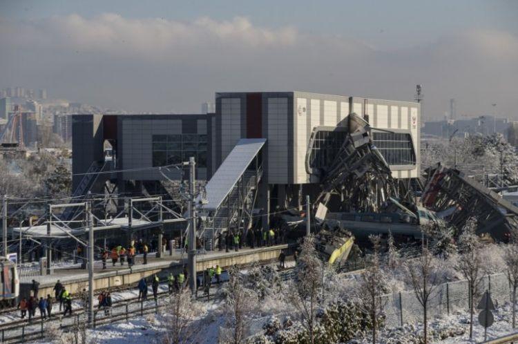 Searching for hope - Ankara train crash
