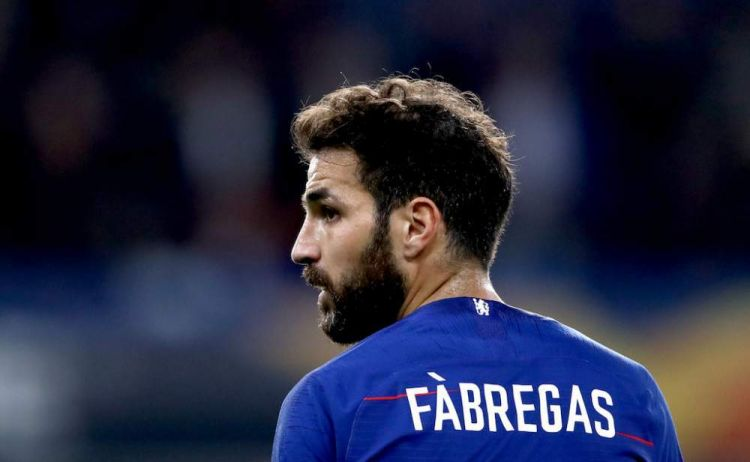 en/news/sport/343266-chelsea-plan-to-replace-fabregas-with-suarez-despite-sarri-comments