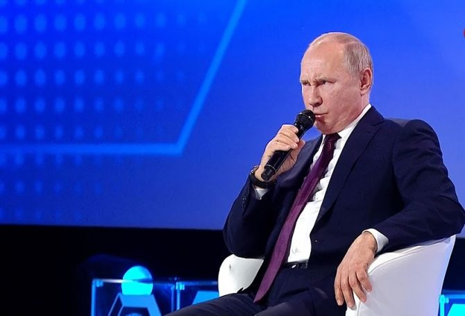 Путин спародировал Ельцина - ВИДЕО