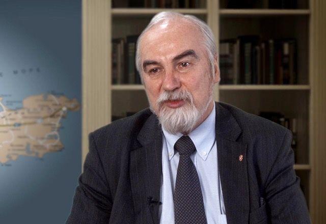 """""""Ermənistan Rusiya bazasından imtina edə bilər"""" - Rus politoloq"""