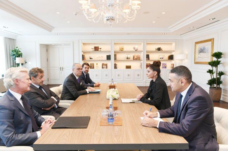 Первый вице-президент Азербайджана Мехрибан Алиева встретилась с бывшим президентом Франции Николя Саркози - ФОТО