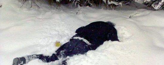 В Омске пьяный отец заснул с ребенком в сугробе