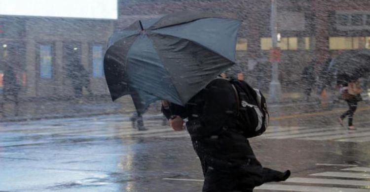 На Баку обрушился ураган - ОПЕРАТИВНЫЕ ДАННЫЕ