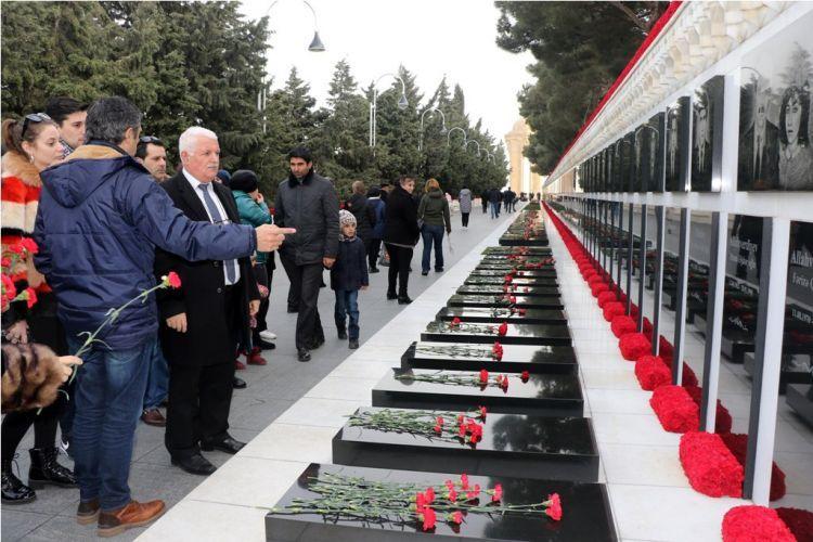 الضيوف البرتغاليون يتحدثون عن مأساة 20 يناير - ما حدث هنا  عار على العالم - صور