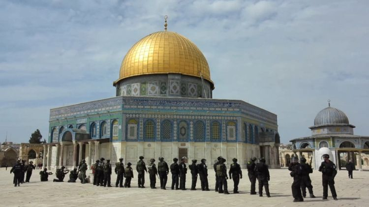 Israeli police seal off all of Masjid al-Aqsa's gates