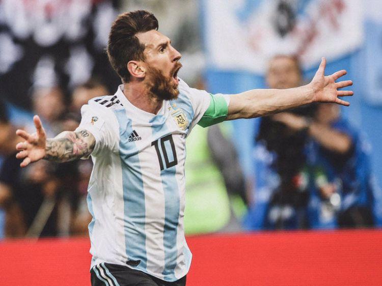 Messi milli komandaya qayıtdı
