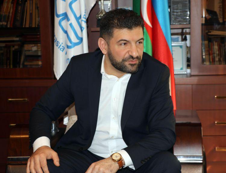 """Fuad Abbasov: """"Partiya yaratmaq niyyətim var"""" - """"Azərbaycandan heç bir gözləntimiz olmamalıdır"""""""